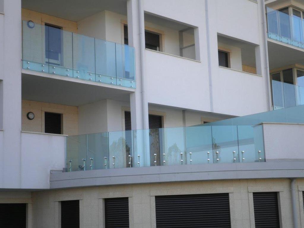 Vetrate Per Balconi Esterni : Balconi in vetro bergamo brescia milano