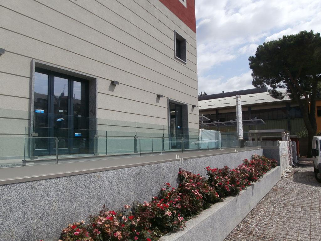 parapetto in vetro per balconi