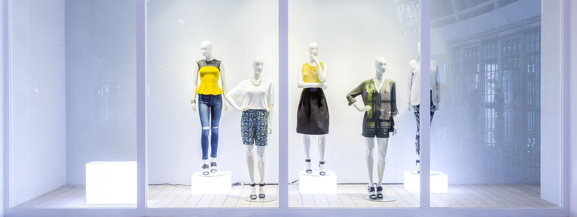 vetrate in vetro per negozi